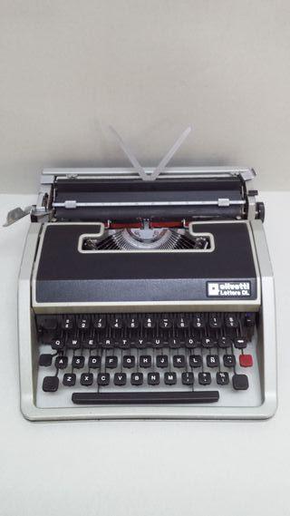Maquina de Escribir Olivetti Lettera DL