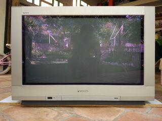 TV PANASONIC 32 pulgadas digital pantalla plana