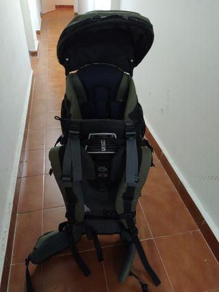 mochila porta bebés de montaña