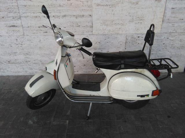 VESPA IRIS 200