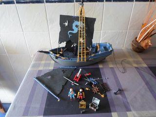 barco pirata negro PLAYMOBIL tesoros