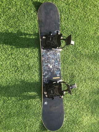 Tabla de snow BURTON modelo DOMINANT 1,54m