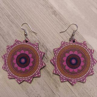 Pendientes Sol rosado de Madera