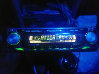 Radio CD pionner 50X4