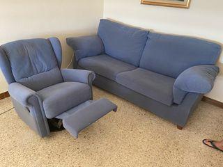 Sofá cama (2m) y sillón relax. CADIZ CAPITAL.