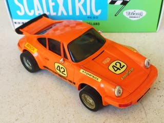 SCALEXTRIC PORSCHE 911 CARRERA RS