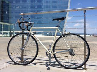 Bicicleta Olmo limpia y funcionando