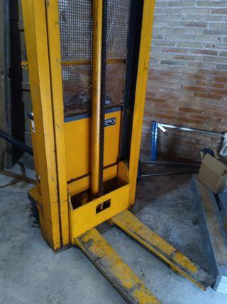 toro eléctrico elevador