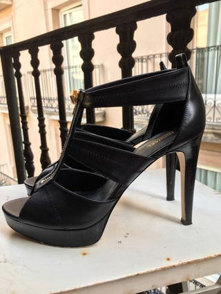 Sandalias de piel negra Michael Kors, talla 39