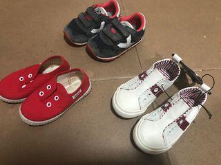 Lote zapatillas talla 22