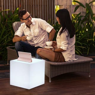 Mesas con luz en polietilleno