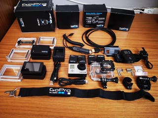 Pack GoPro Hero 3 black edition.