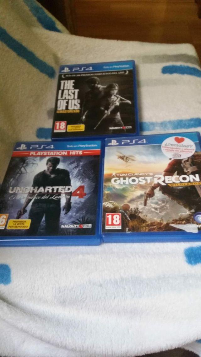 3 Videojuegos con PlayStation