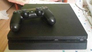 PS4 Slim 1TB con 3 juegos
