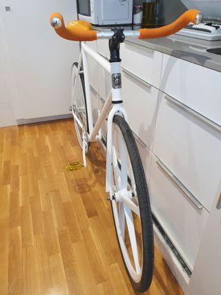 Bicicleta Fixie / Single speed marca FunkedUp