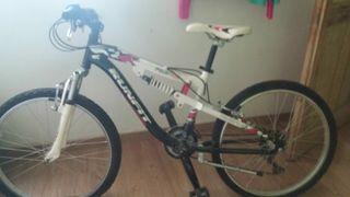 Bicicleta Runfit 26 poco uso