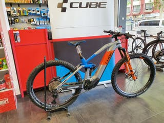 CUBE STEREO HYBRID HPC 140 ACTIONTEAM talla 18""