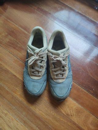 zapatillas Asics. talla 44.5