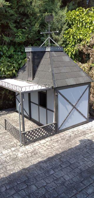 casita para niños o animales