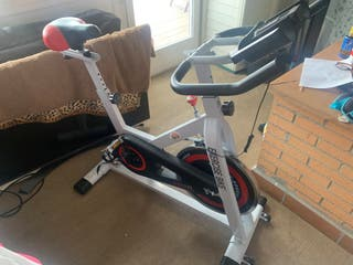 Bicicleta fitness/spinning (costo 370€)
