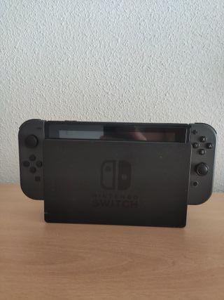 Nintendo Switch + Mando + SD 128 gb