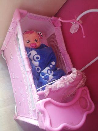 cuna y armario cambiador y trona muñecas