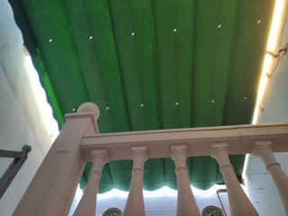 Toldo palilleria de aluminio blanco y lona verde