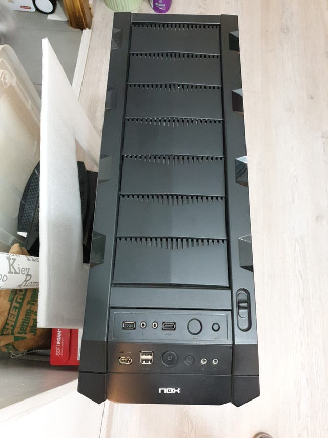 Caja Torre Pc NOX project x2