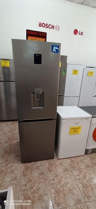 frigorífico combi Daewoo inox A+ nueva tara