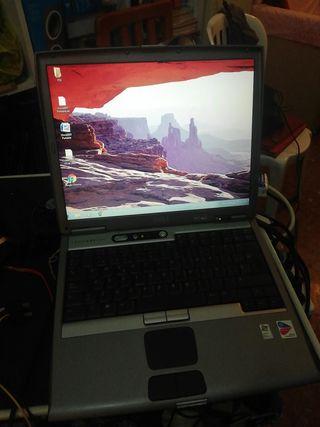 Dell Latitude D600..