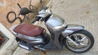 Peugeot Tweet 125 cc