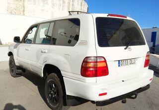 Toyota Land Cruiser 100 -RAID- 2002