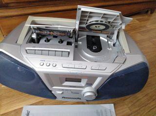 Radio cassette lector de CDs portátil Panasonic