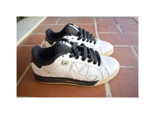 Adidas vintage skater