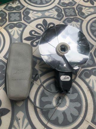Flash cámara de fotos antigua ticky con funda
