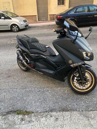 Yamaha tmax 530 BlackMax