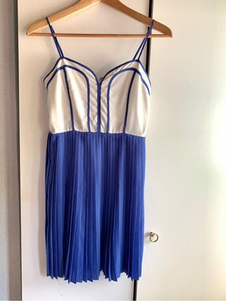 Vestido Urban Outfitters US