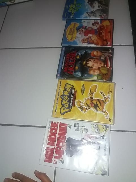 dvds chacun 50 centim