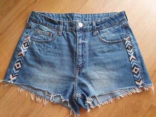 Pantalones denim cortos