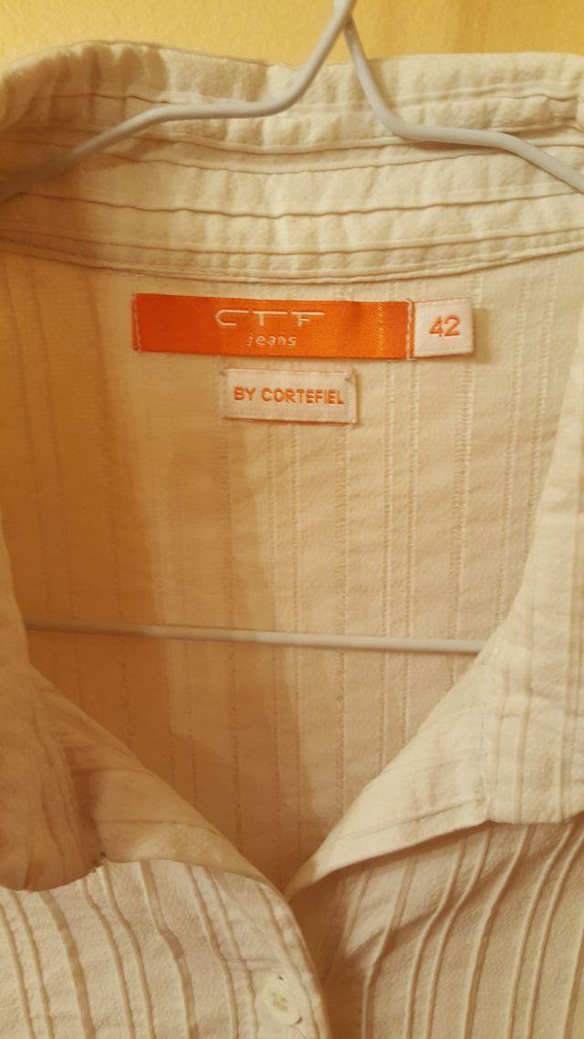 Camisa de Señora blanca.