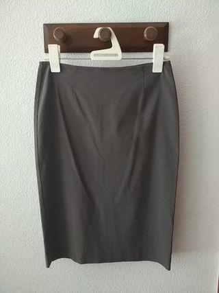 Falda de tubo gris ZARA talla 38