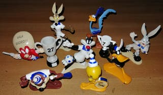 Looney Tunes 8 figuras del Real Madrid