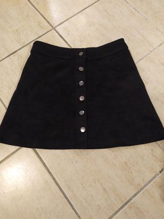 Mini falda zara en nobuk negra talla M