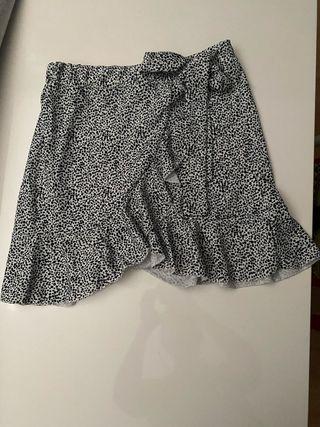 Falda mujer talla S/M, nueva sin uso!