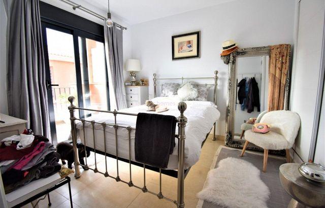 Casa adosada en venta en Monforte del Cid