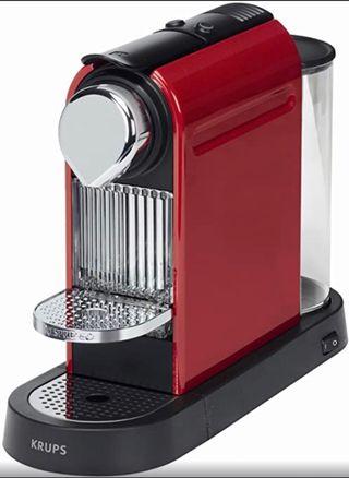 Cafetera roja Nespresso CitiZ