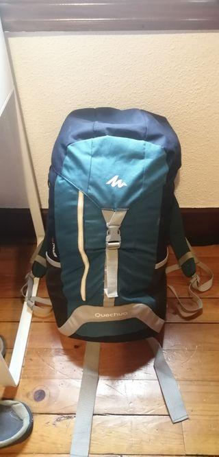 mochila de viaje quechua