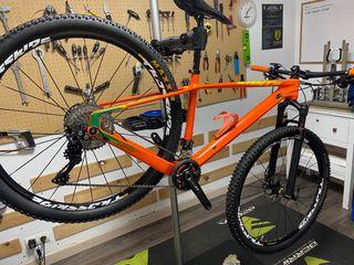 Bicicleta de montaña carbono 29