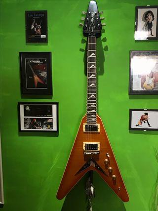 "Guitarra Eléctrica ""Hamer"" Xt series. Vector F/T"