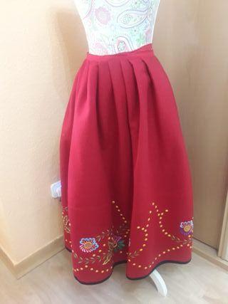 falda regional
